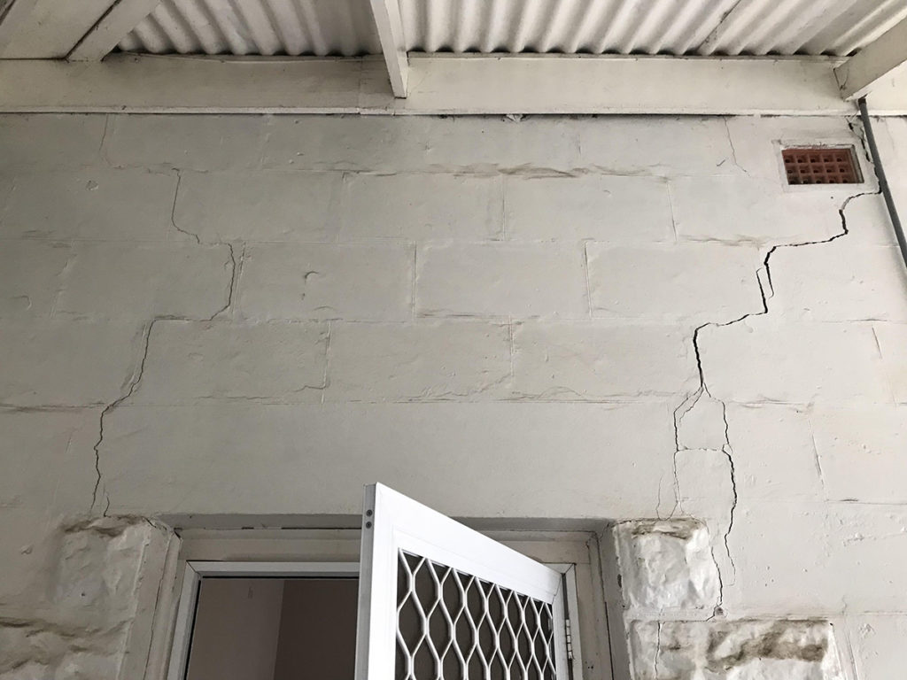 Brighton Pre-Purchase Property Inspection - structural wall damage